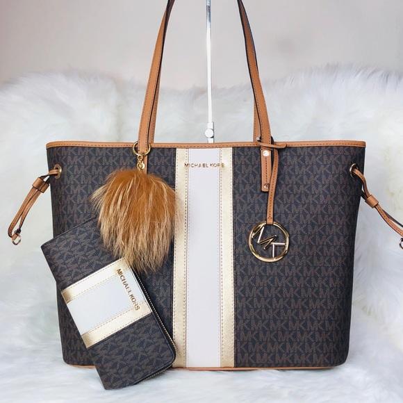 275f43ceee08b2 Michael Kors Bags | 3pcs Drawstring Tote Wallet Charms | Poshmark